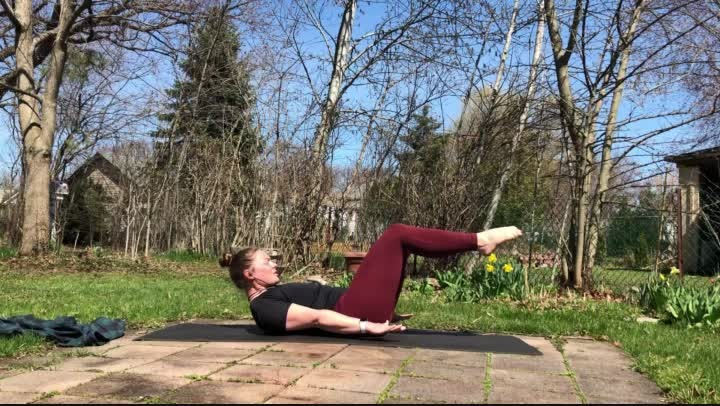 Mat-Based-Pilates-NO-Equipment