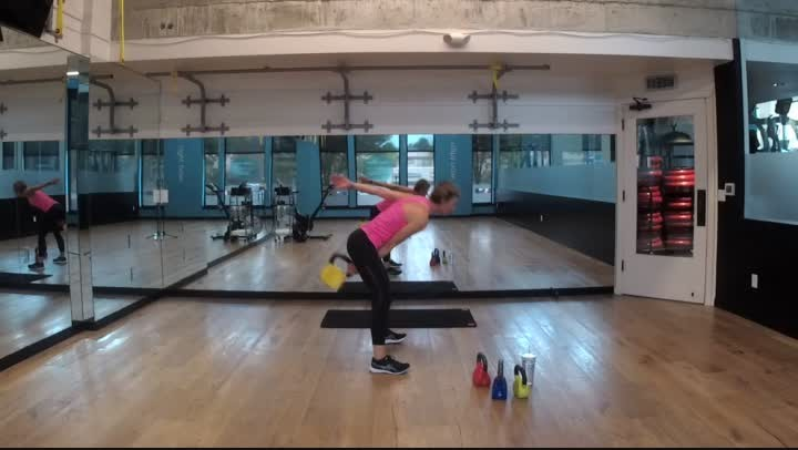 Strength Full Body Kettlebells - 40 minutes - Zoe
