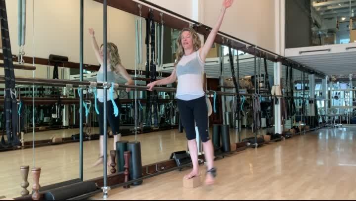 AA: GST Anti-Aging and our Pendular Leg Swing!