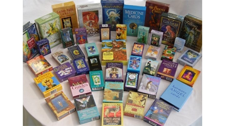 Learn How to Receive Guidance from Oracle Cards
